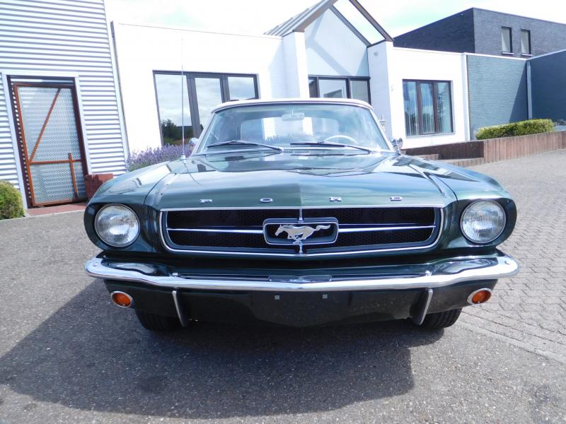 Kleurplaten Auto Ford Mustang.Ford Mustang 1965 Convertible 729